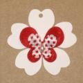 """4.56: Картонные бирки """"Цветок"""" с аппликацией"""