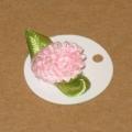 4.64: Малые картонные бирки с махровым цветком