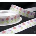 5.340: Набор белых атласных лент с весенним рисунком (16 мм)