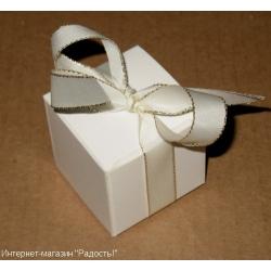 """7.91: Белая коробочка """"Кубик"""" из картона"""