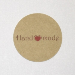 4.31. Крафт-стикеры Handmade с сердечком (30+шт)