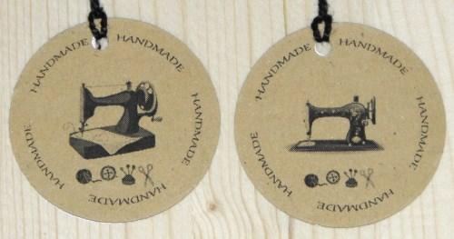 handmade бирки для шитья из картона и швейной машинкой