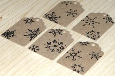 бирки 10 шт из крафт-картона, 45*30 мм со снежинками, для оформления упаковки подарков и товаров в новый год