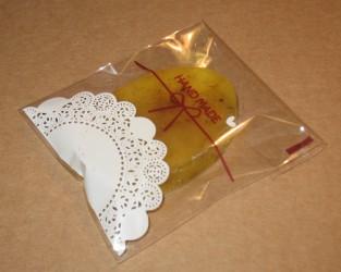 фото: целлофановый пакет как упаковка для мыла ручной работы