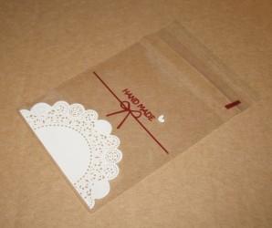 прозрачный целлофановый пакет с кружевным узором, фото