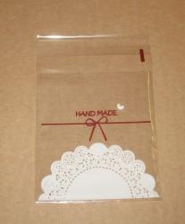 фото: прозрачный пакет целлофановый с кружевным узором