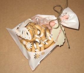 прозрачный пакет из целлофана, 13х19 см как упаковка для сушек с маком (использованы шпагат и бирка ручной работы), фото