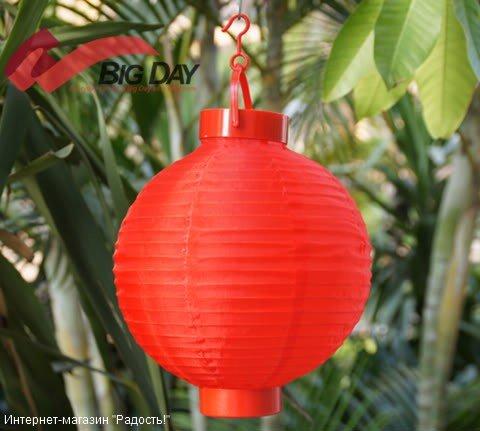 2.03: Красный подвесной китайский шёлковый фонарик с подсветкой, на батарейках