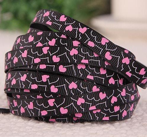 """9.102: Лента чёрного цвета из набора из 3 рельефных ленточек """"Розовые сердечки"""""""