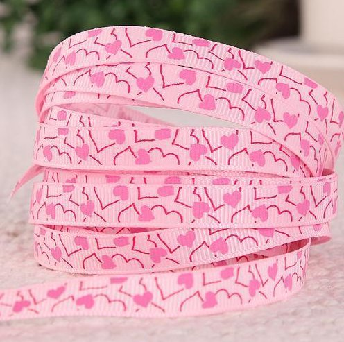 """9.102: Светло-розовая лента из набора из 3 рельефных ленточек """"Розовые сердечки"""""""