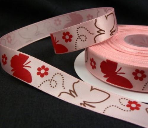 """9.92: Декоративная атласная лента """"Бабочки"""" розового цвета: ширина 16 мм, длина почти 4.5 метра"""
