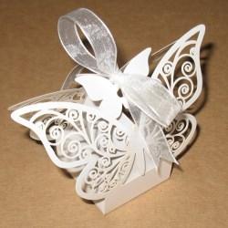 коробочки для свадьбы бомбоньерки в форме бабочки