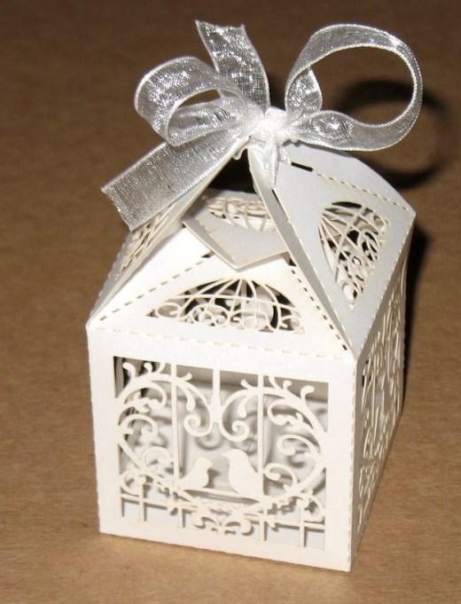 Бомбоньерки коробочки для свадьбы Две птички (5х5 см) из картона