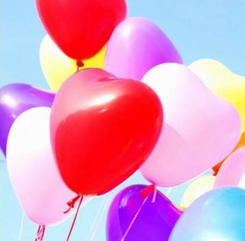 Воздушные шарики сердце, сердечки размером 17 см, производство Китай, стоимость 2 руб