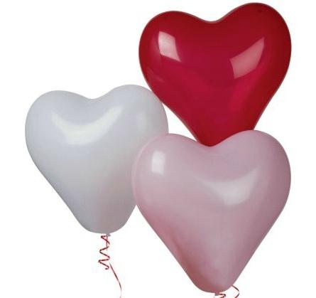 Большие воздушные шары в виде сердца: белые, красные и розовые, до 40 см