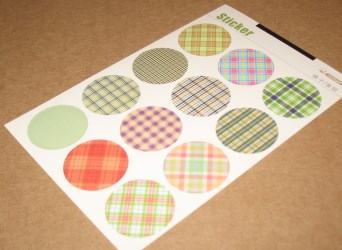 цветной набор круглых стикеров