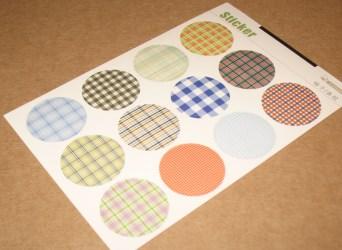 цветные круглые стикеры