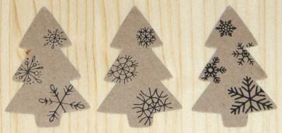 Стикеры ёлочка со снежинками из картона-крафт, для новогодних подарков