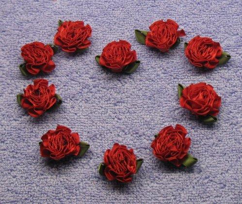 роза из атласной ленты заколка мк.
