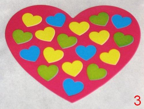 8053. Розовая с разноцветными маленькими сердечками наклейка-сердечко / оформление подарков своими руками