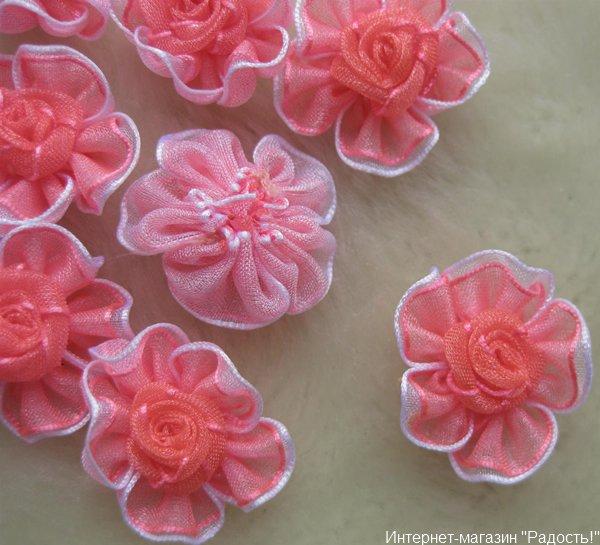 розовые цветы из лент из органзы